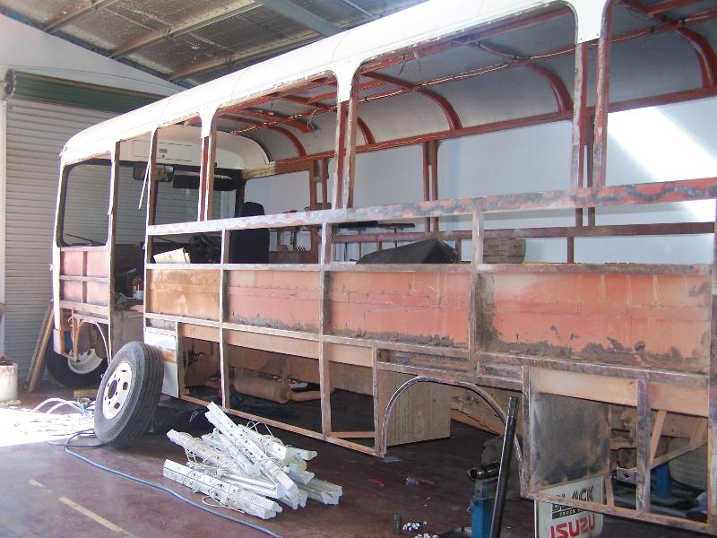 bus-072